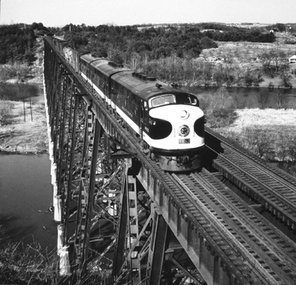 #6 Fast southbound freight crosses James River near Lynchburg, Va., 1945