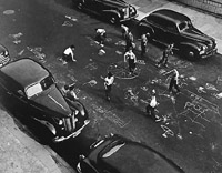 Chalk Games, 1950  ©Arthur Leipzig