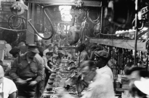 Assembly line - Detroit ©Robert Frank